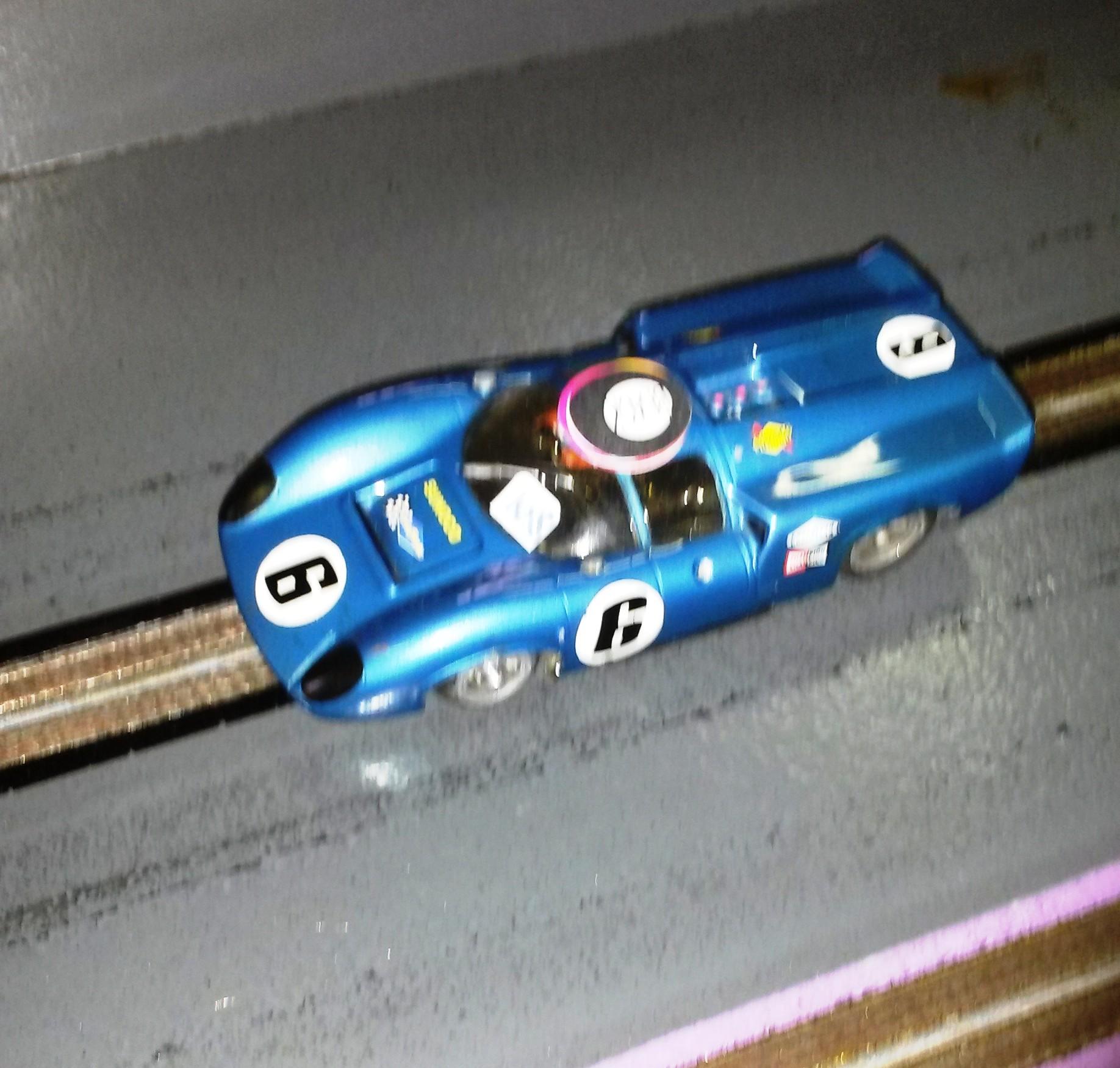 Lola T70 Cox 1° cl. gara 1/32 di Uliana